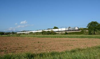 TECO train with a Renfe locomotive. Photo Javier López